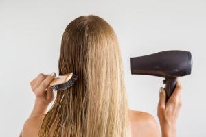 Як доглядати за волоссям після ботокса