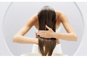 Разница между бальзамом и кондиционером для волос