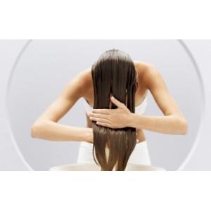 Разница между бальзамом и кондиционером для волос>