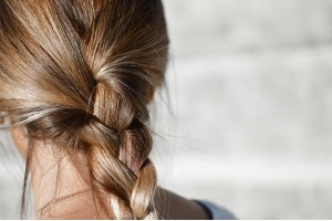 Холодный ботокс для волос: особенности и этапы проведения процедуры