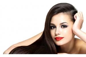 Що таке біксіпластіка: переваги перед іншими видами випрямлення волосся